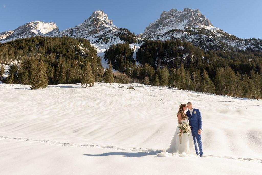 Winterhochzeit Berner Alpen Schweiz